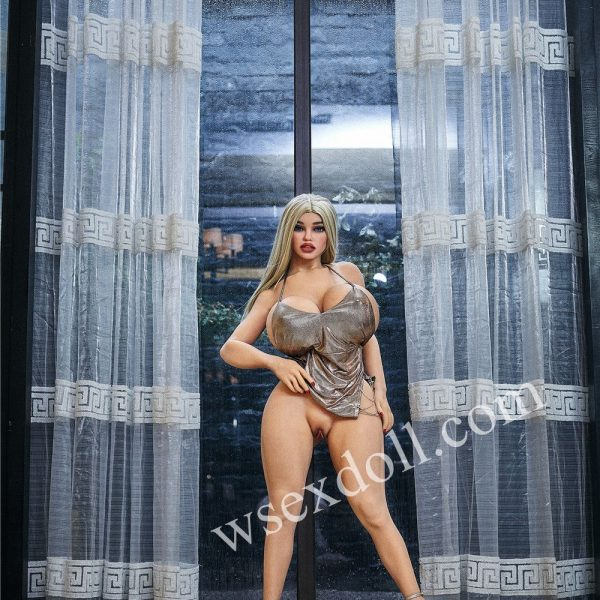 Mini Blonde Haired Busty Tpe Full Body Sex Doll