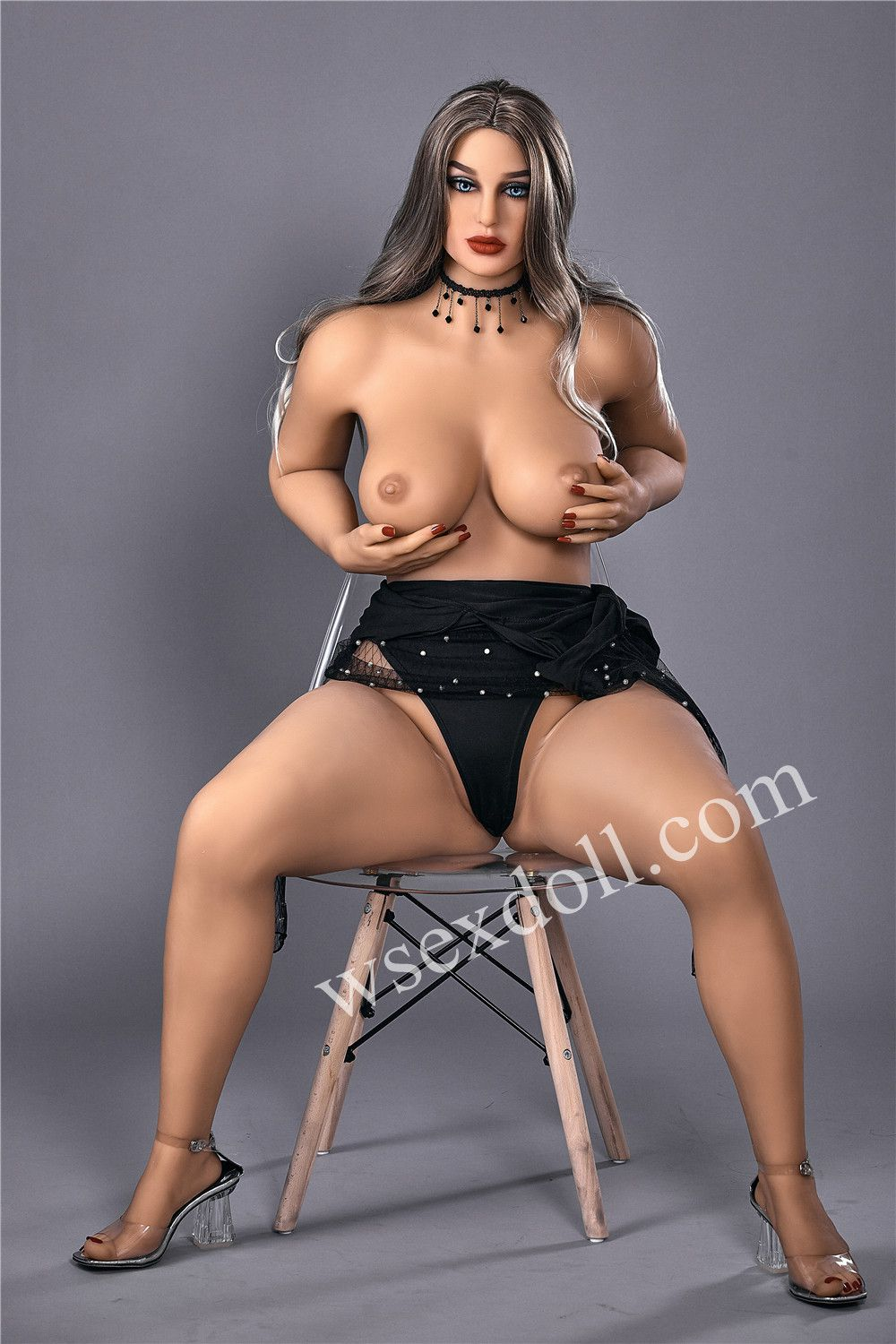 Tpe Full Body Sex Doll In Black Costume With Big Breasts Pearl Low Collar